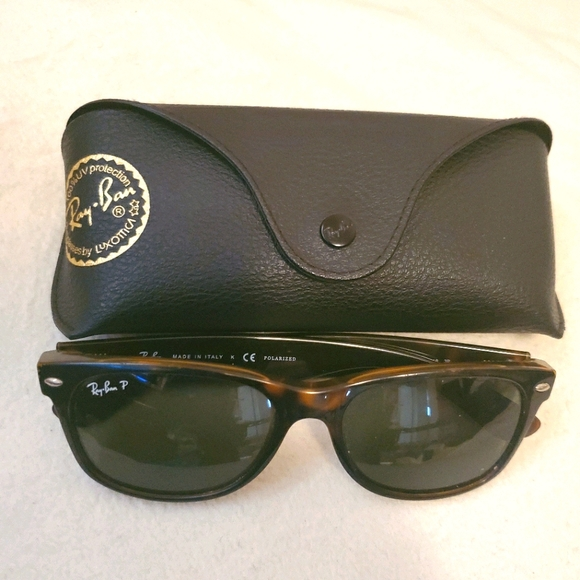 Brown Tortoise Ray-Ban shades